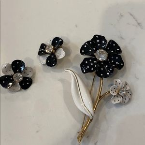 Vintage Avon 3 Piece Pin and Earrings